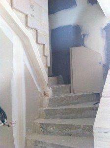 decoupe-mur-escalier-224x300