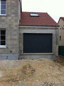 Pose porte de garage pose-porte-de-garage-224x300